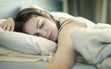 Leesa Mattress Designed for Side Sleepers? Experts Say Yes